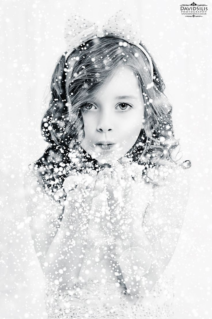 winter photo shoot , let it snow photoshoot , christmas photography  #snow #winter #girl