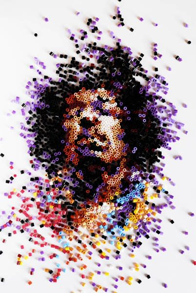 This is a really cool collage of Jimi Hendrix as this artist Ian Wright created his face using only coloured pins.