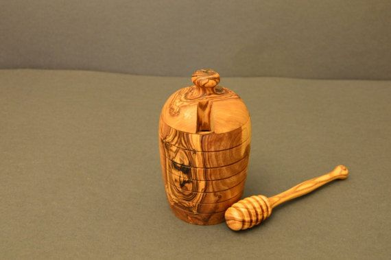 Check out this item in my Etsy shop https://www.etsy.com/listing/496037104/honey-pot-with-honey-dipper-from-olive