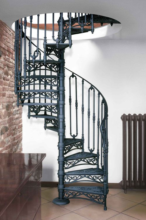 Nostalgie Wendeltreppe ø 140 cm Modell 2050 S (Treppenstufen aus Gusseisen mit Setzstufe)