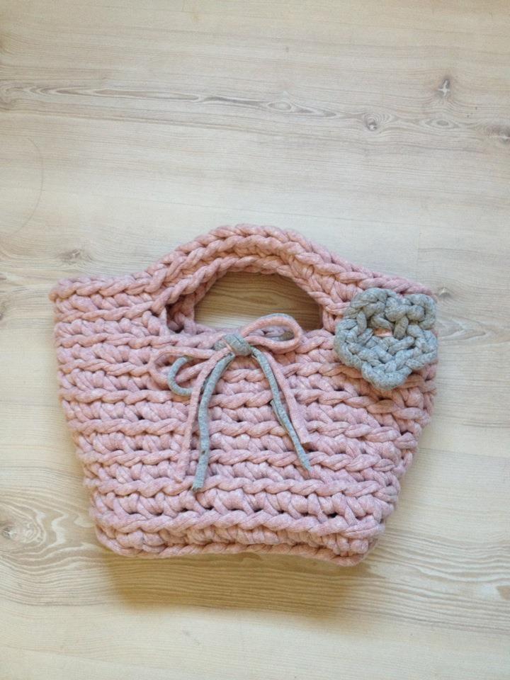Mis manualidades cestas y cestos de trapillo crochet - Cestas de trapillo ...