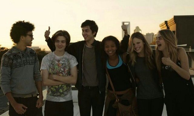 Oh yay! A pic of the complete cast! I was wondering what Ben looked like. Their roles are, left to right: Radar, Ben, Q, Angela, Lacey, Margo