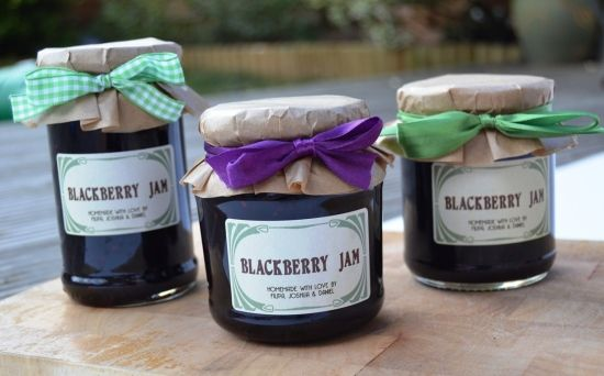 Ch. 19: how I picture Sue would package her jams and home canned goods.