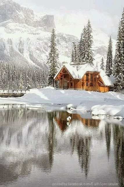 Coolest Cabins: 10 Romantic Cabins #Travel