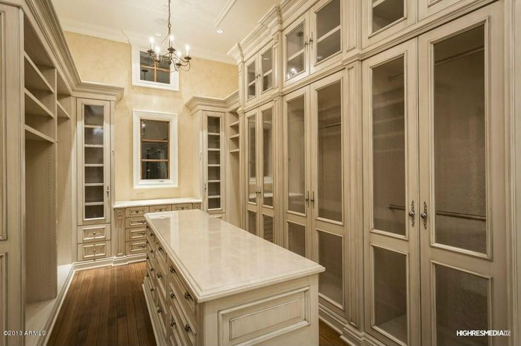 This is almost exactly what I want in the next house.  I like the white instead of the dark that I have now.