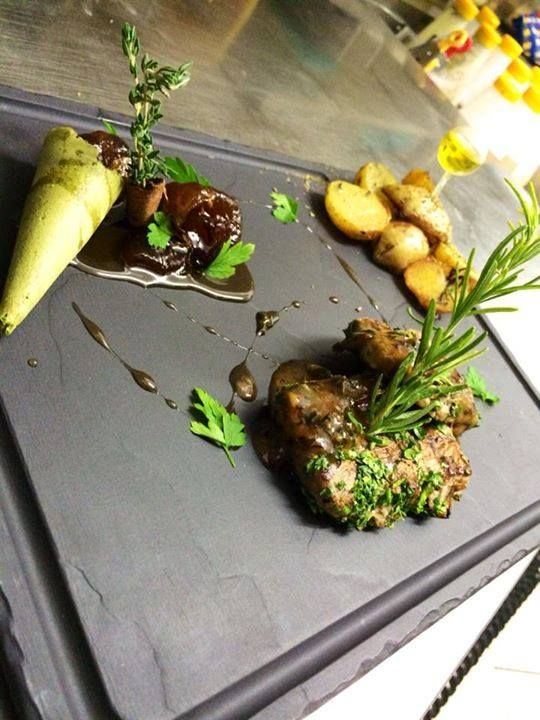 Mediterranean Beef fillet. Santorini Weddings, Wedding venue, Wedding ceremony and reception, Sunset view, wedding menu.