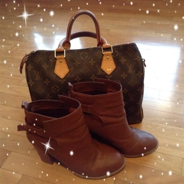 H&M boots + LV Speedy 30 by paola
