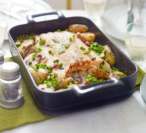 Fish - Roast salmon with peas, potatoes and bacon