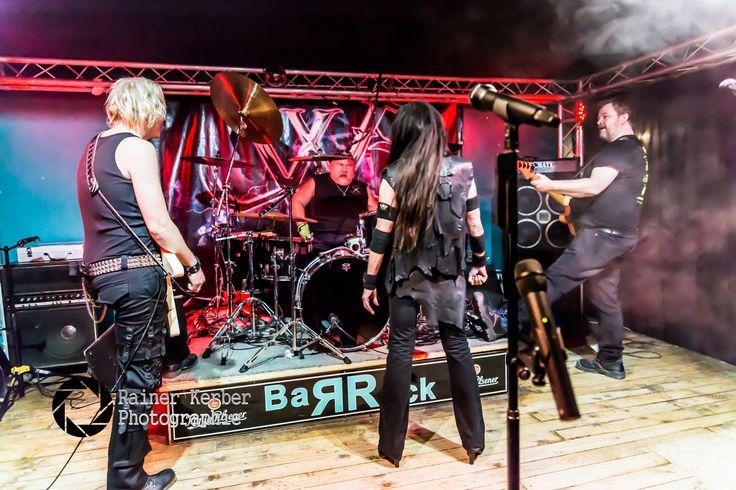 https://flic.kr/s/aHskoJDTeu | Jutta Weinhold Band at @BaRRock Hamburg 2016