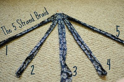 Five Strand Braid, very good tutorial