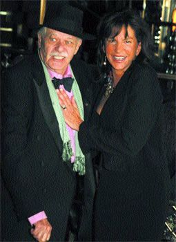 John Chamberlain and Mercedes Ruehl. Photo by: Barry Gordin