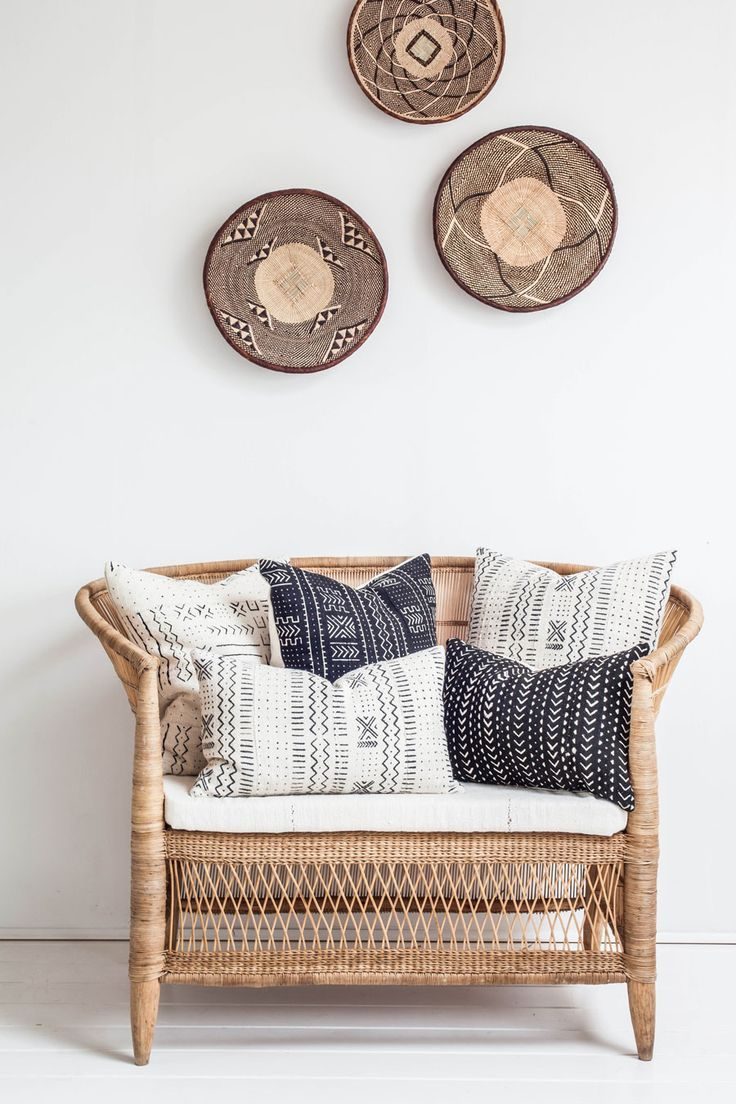 neutral entry with baskets on the wall
