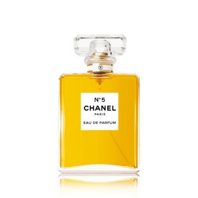 CHANEL N°5  Eau De Parfum Spray 100ml Item No.1231519056 Floral-aldehydic, a bouquet of abstract flowers with an indefinable femininity. N 5 Eau de Parfum is not simply a different concentration, but an olfactory reinterpretation, which is faithful to the spirit and base notes of the original composition.