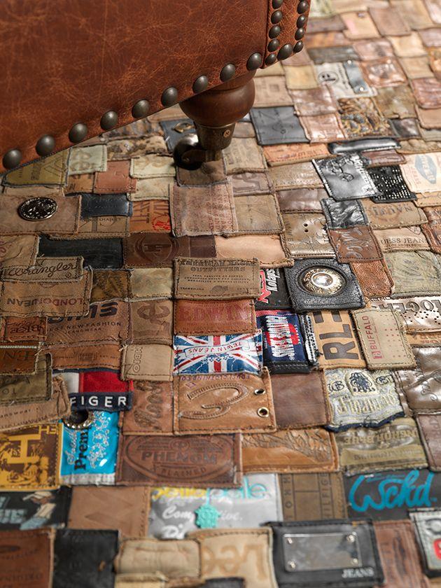 Wrangler & Lee recycelt: Der Teppich aus alten Jeans-Labeln
