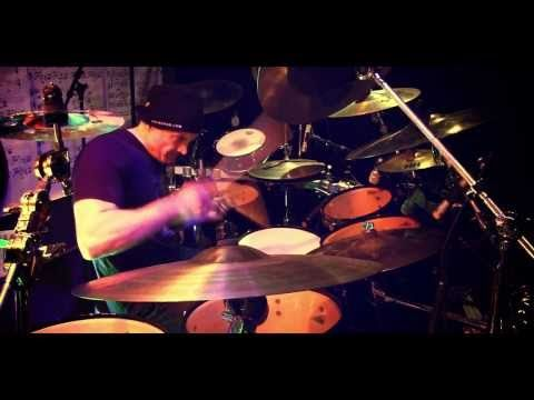 MICHAEL KOCAB / GLENN PROUDFOOT / VIRGIL DONATI / BILLY SHEEHAN - Praying (Official Video) - YouTube
