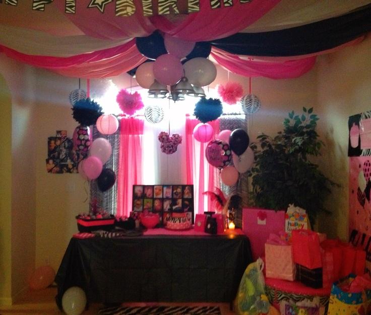 Minnie Mouse zebra birthday girl party