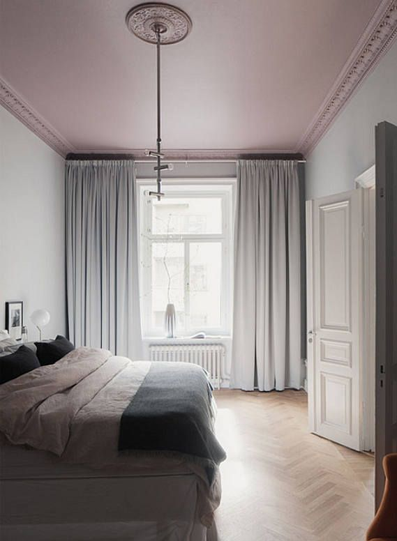 The one that got away - desire to inspire - http://desiretoinspire.net - pink ceiling - Wrede