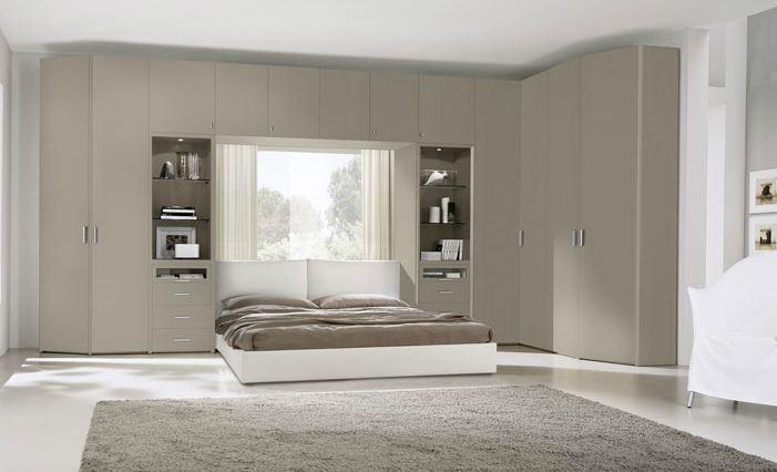 armadio angolare a ponte grigio tortora per camera da letto