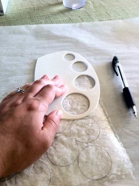 diy faux capiz shells by ironing layers of bubble wrap between two sheets of parchment paper. wow.: Diy Chandeliers, Diy Faux, Shells Crafts, Faux Shells Bubbles Wraps, Organization Decor, Capiz Shells, Decor Redo, Faux Capiz, Bubble Wrap