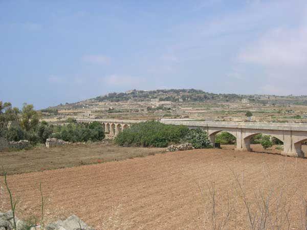 25 Aquaduct near Dar tal-Providenza Siggiewi