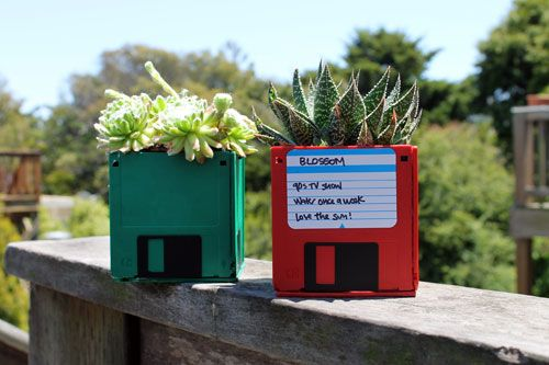 Turn your old floppy disks into succulent planters. | 13 Ways To Turn Your…