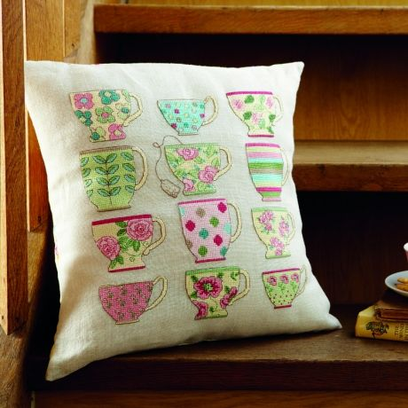 Have you ever wondered how to stitch a simple cushion? Here's a great how-to! | The Making Spot blog