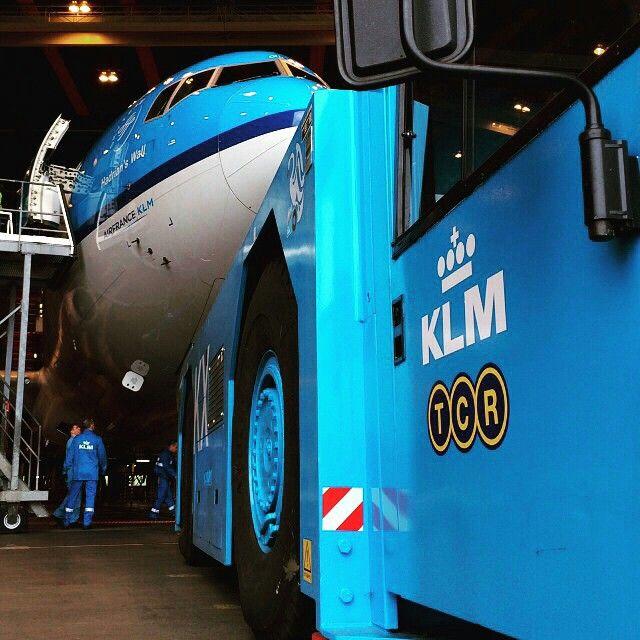 KLM pushback tug @klm - KLM Royal Dutch Airlines