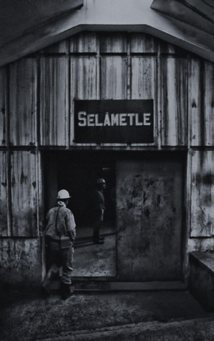 Zonguldak, maden girişi.
