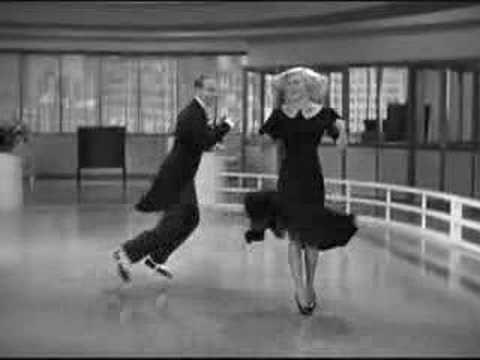 おはようございます。 今日はジンジャー・ロジャースの生まれた日。 フレッド・アステアと彼女のコンビで多数のダンス映画をヒットさせています。今朝の一曲はその中から「有頂天時代」(Swing Time)の二人の軽快なダンスシーン(^_-)b