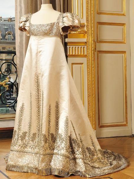 Bijouterie du Spectacle: Une robe de limpératrice Joséphine vendues aux enchères