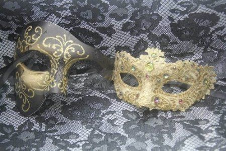 Matching Phantom Gold Lace Venetian Half Face Masquerade Mask For Couples |