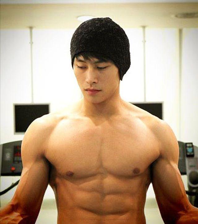 hottest korean gay actors