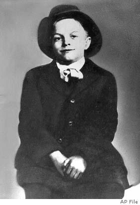 Bob Hope, 1909, in Eltham, England.