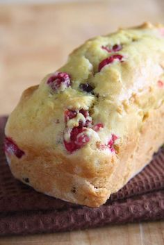 Orange Cranberry Bread ~ since I'm always misplacing this recipe for when I need it... Just reduce the temp by 25* for my mini loaf pans