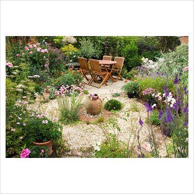 circular gravel garden...