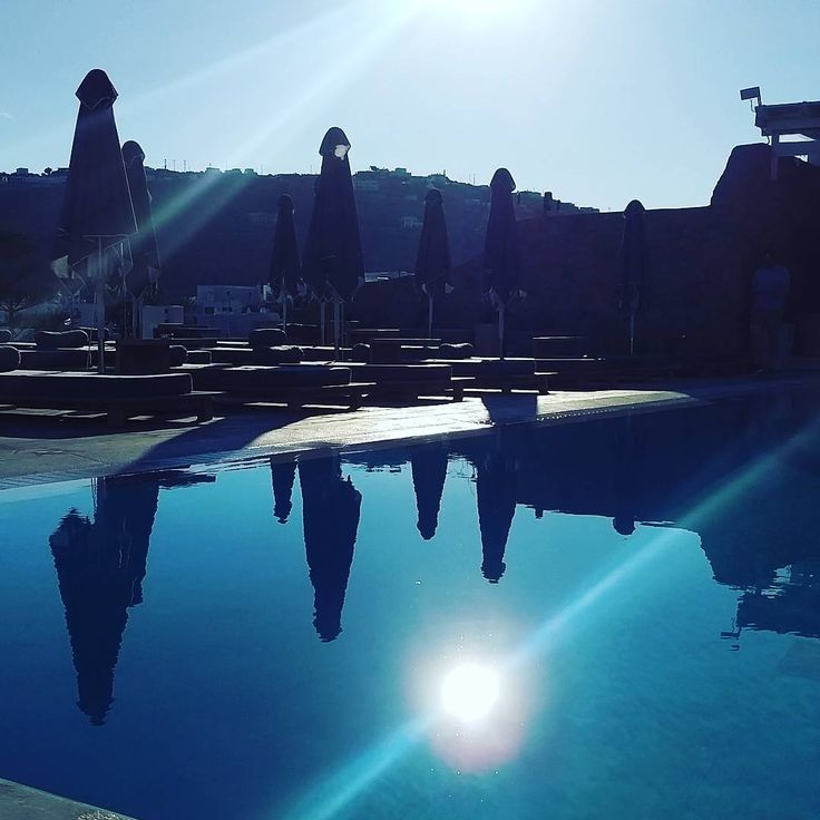 #greece #mykonos #Hotel #travel #Pool #sun #sunset #sky #Blue #Boy #holiday #vacation #Nice #cool @relaischateaux http://tipsrazzi.com/ipost/1526244612343514069/?code=BUuT2N3FsPV
