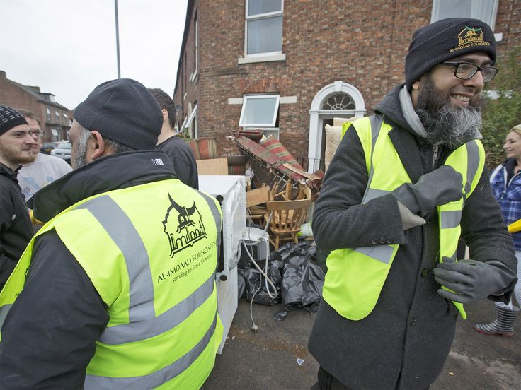 Amid warnings of further flooding in north-west England, disaster relief teams from a Muslim charity which helps victims of natural catastrophes in countries like Afghanistan and Pakistan have been dispatched to Cumbria.