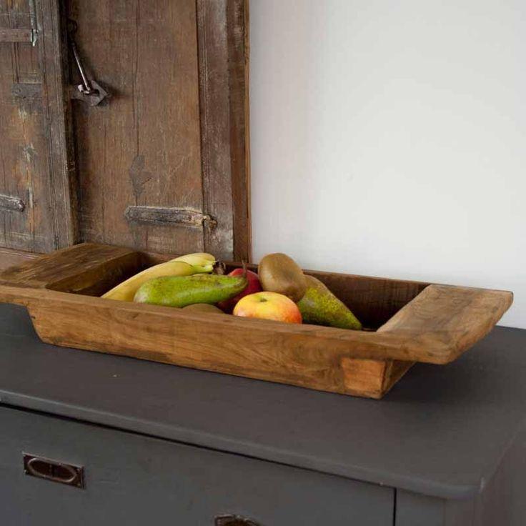 Werkelijk prachtige handgemaakte massief houten schaal. Het is vervaardigd uit mango hout, mooi als decoratie of praktisch als fruitschaal te gebruiken.