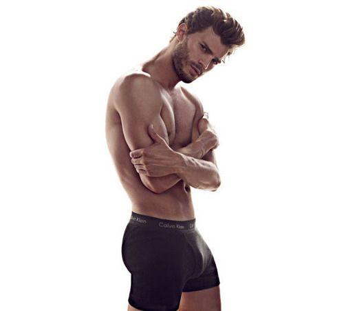 How is this even possible? | Here's Why Jamie Dornan Should Be The New Christian Grey @Laura Holt-Thomas just in case henry is busy, I wouldn't mind seeing him ;)