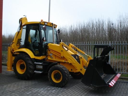 This is the most complete Service Repair Manual for the JCB 3CX 4CX Backhoe Loader.Service Repair Manual can come in handy especially when you have to do i