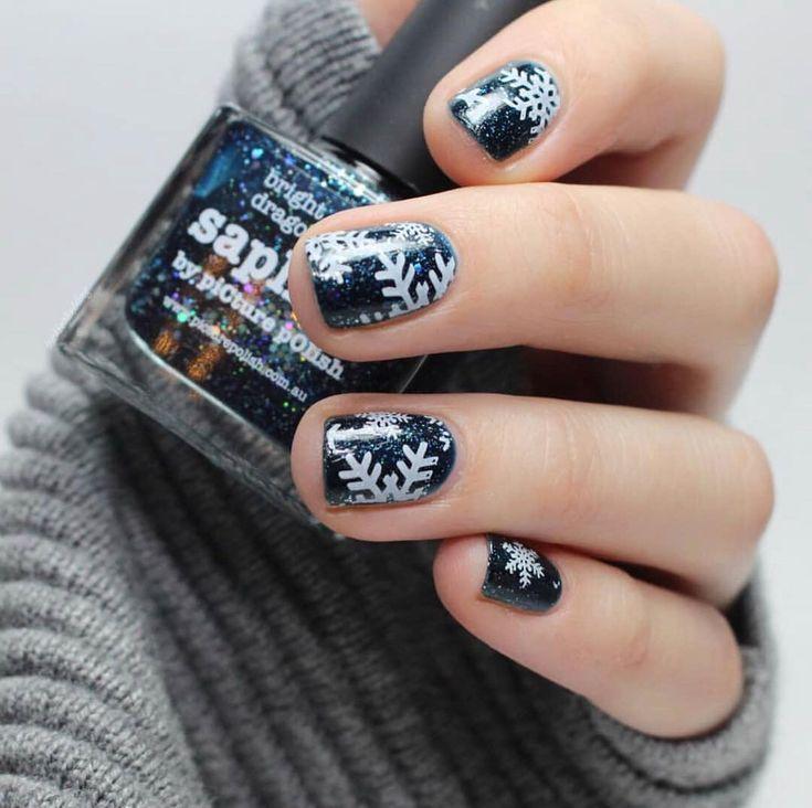 picturepolishSnowflake Nail Art ist so schön … #picturepolish & # 39; Saphira …   – Nageldesign
