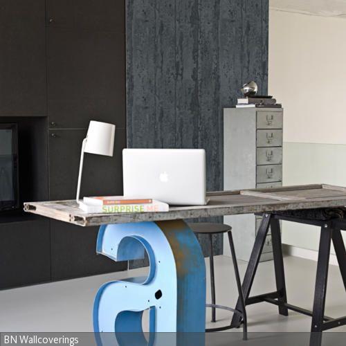 schreibtisch mit dekobuchstabe selbst gestalten home office pinterest dekobuchstaben. Black Bedroom Furniture Sets. Home Design Ideas