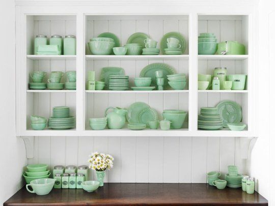 7 Great Ways to Display Collections in the Kitchen