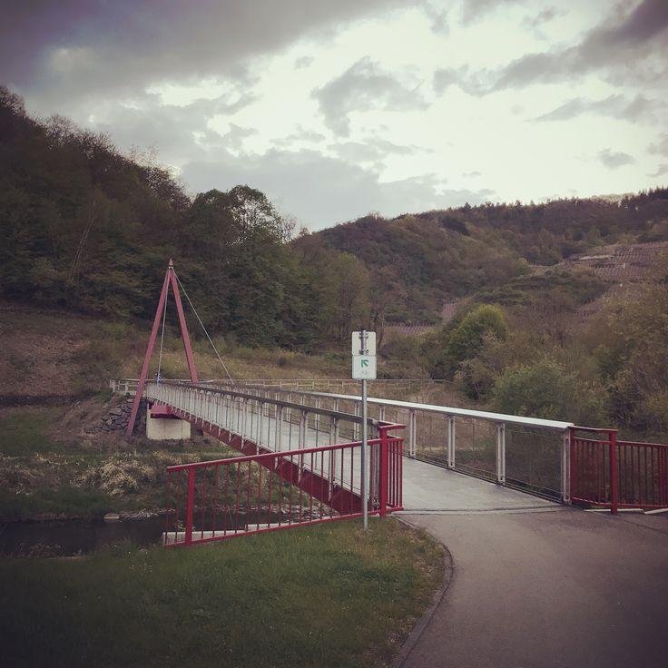 Radbrücke in Reimerzhoven zwischen Laach und Altenahr #ahrtalwandern