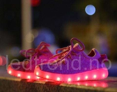 """LED-sko til barn """"Animal-Pink"""" -   LED-skoene finner du i nettbutikken ledtrend.no. Prisene på ledskoene varer varierer fra 599-, og oppover, GRATIS frakt på alle varer. Vi har mange forskjellige LED-sko, ta en titt da vel? på: www.ledtrend.no"""