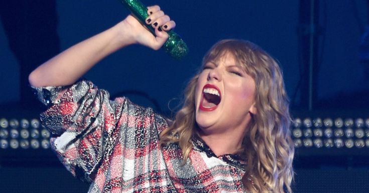Charts: Taylor Swift's 'Reputation' Stays Number One for Third Week  ||  Taylor Swift notched her third straight week atop the Billboard 200 as 'Reputation' added another 147,000 copies to its platinum-plus haul. http://www.rollingstone.com/music/news/charts-taylor-swifts-reputation-stays-number-one-w513142?utm_campaign=crowdfire&utm_content=crowdfire&utm_medium=social&utm_source=pinterest