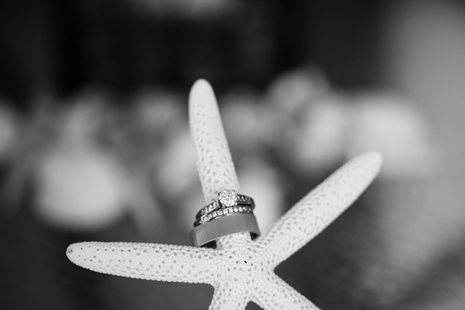 wedding rings and engagement ring (Photo: Vanessa Voth Photography)Engagement Photos, Creative Engagement, Kelly'S Engagement, Rings Photos, Wedding'S Engagement, Wedding Band, Rings Shots, Dreams Rings, Engagement Rings