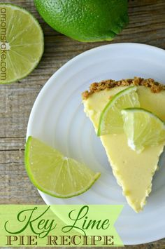 Easy Key Lime Pie Recipe - This is the BEST dessert! Just 6 ingredients including the homemade graham cracker crust!
