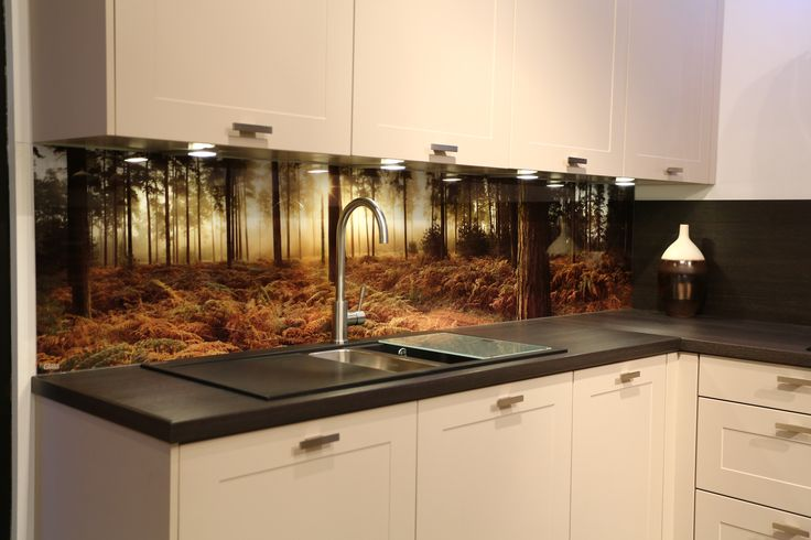 Kitchen decor, Kitchen designs, Kitchen decorating ideas - Printed image glass backsplash