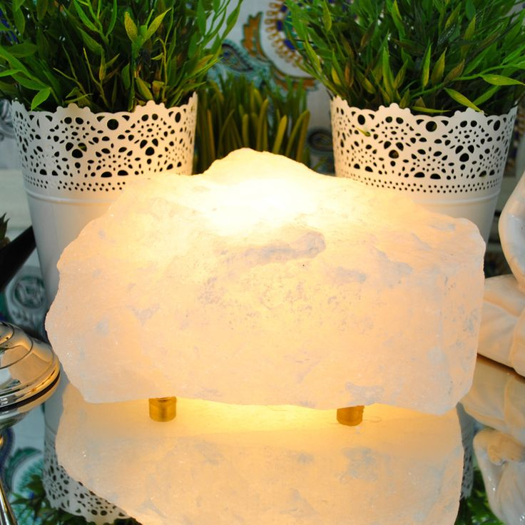 Himalayan Salt Lamp Positive Ions : 1000+ ideas about Salt Rock Lamp on Pinterest Himalayan Salt Lamp, Massage Room Design and ...
